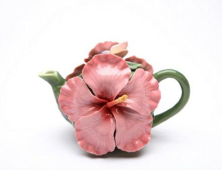 Fine porcelain Hibiscus Teapot