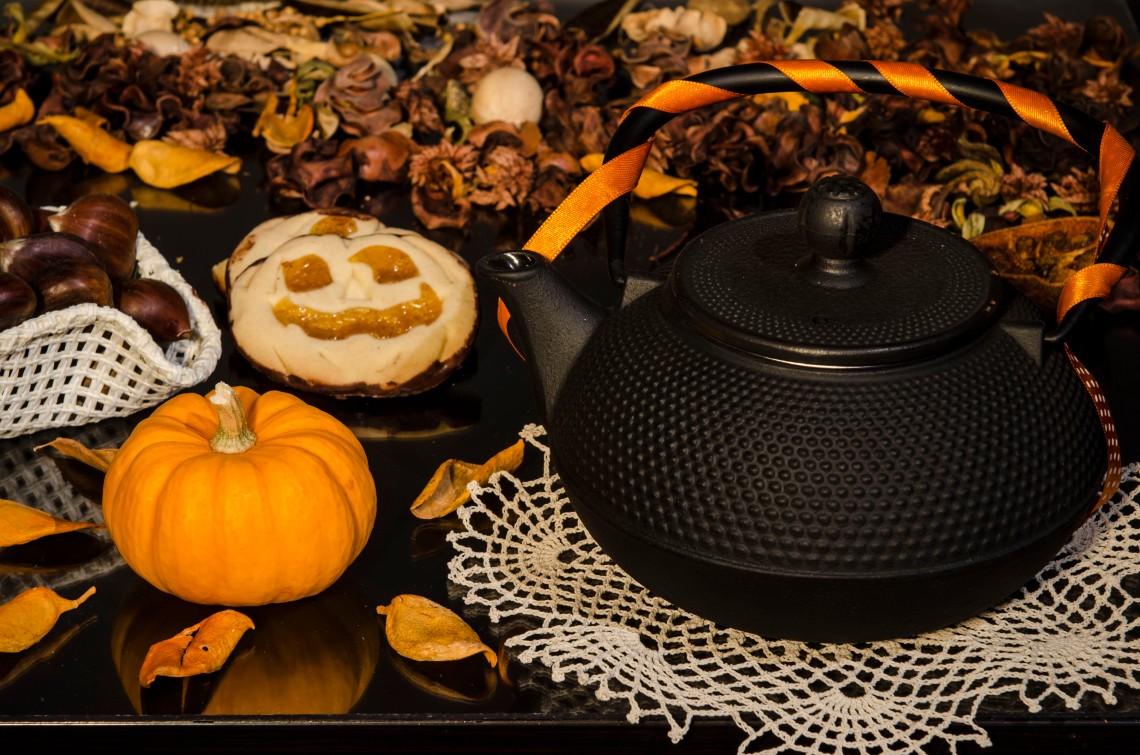 Halloween Tea Party. Photo: Lorenzo Bagnoli