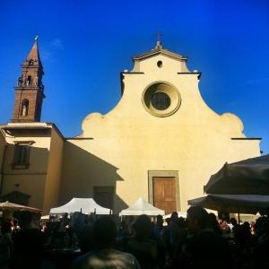 La chiesa di Santo Spirito domina l'omonima piazza fiorentina